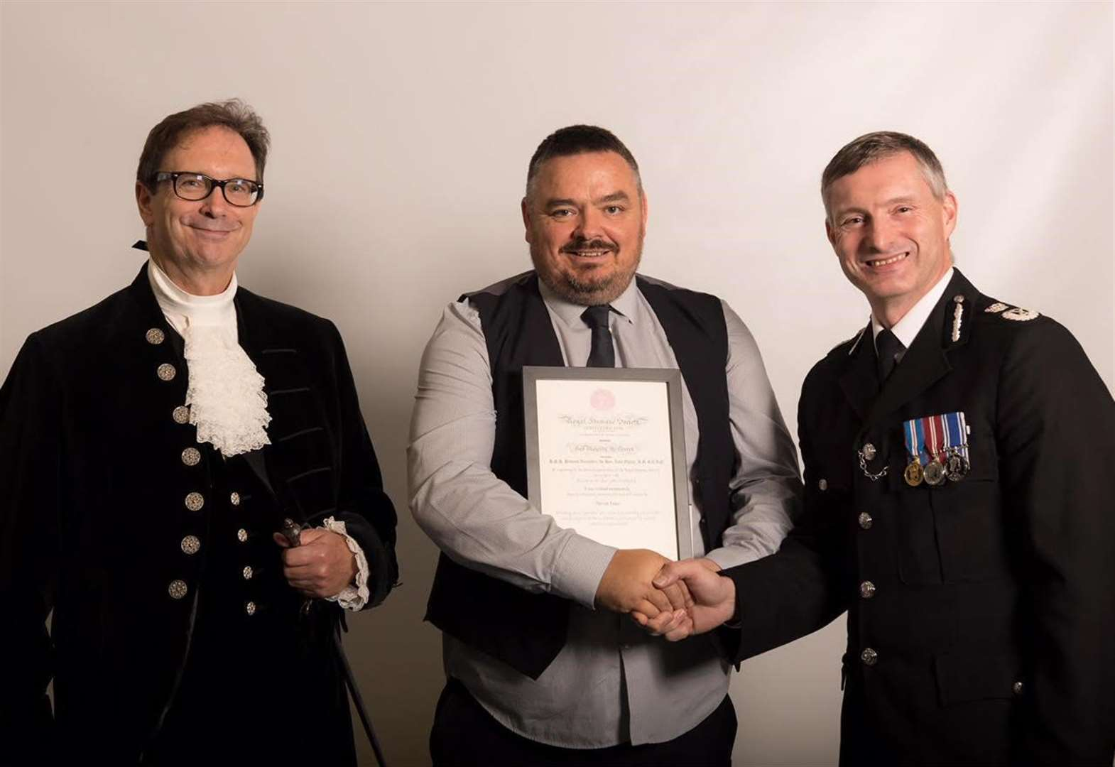 Award for hero lorry driver