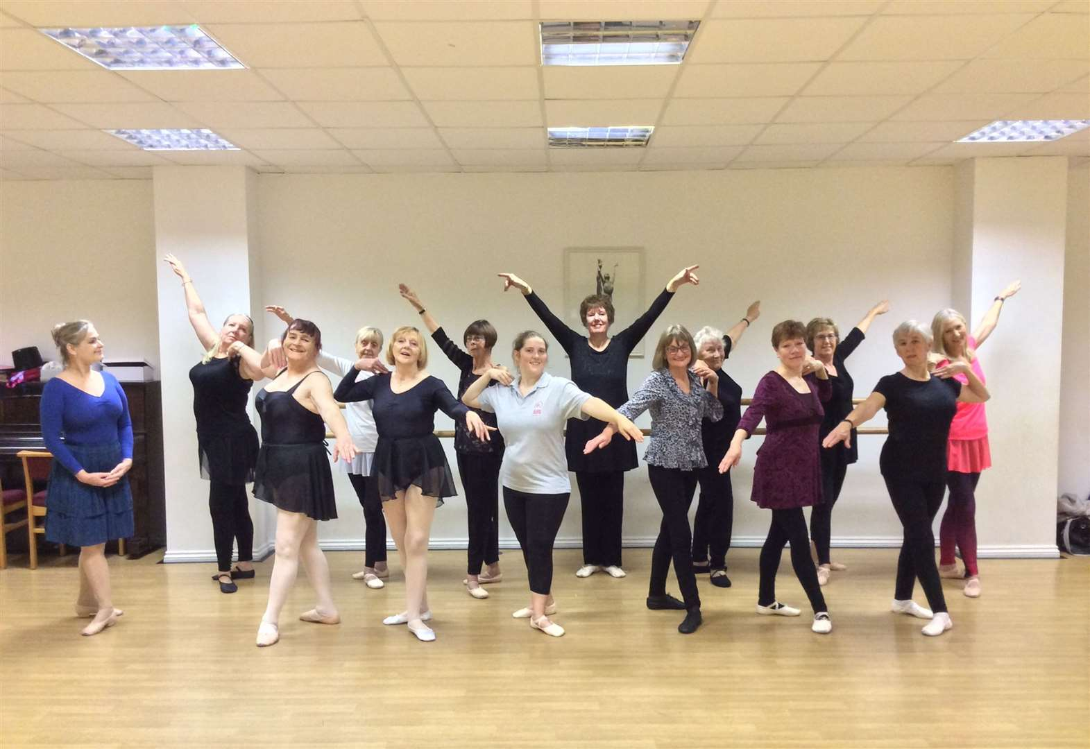 'Silver Swans' celebrate second year of ballet dancing in Bourne